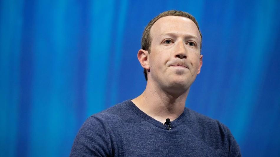 Марк Зукърбърг смята, че Facebook е във война