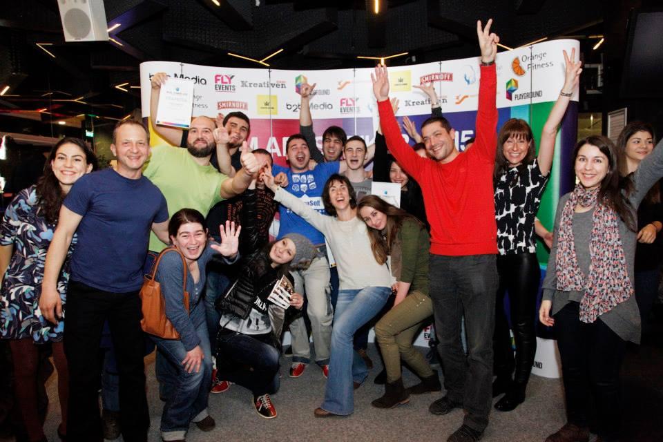Благотворителният боулинг турнир M.AD. STRIKER 2015  събра комуникационните специалисти