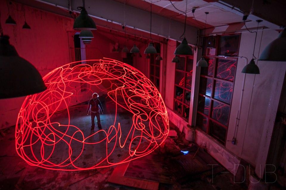 Светлинни графити – неповторимото изкуство на Trevor Williams