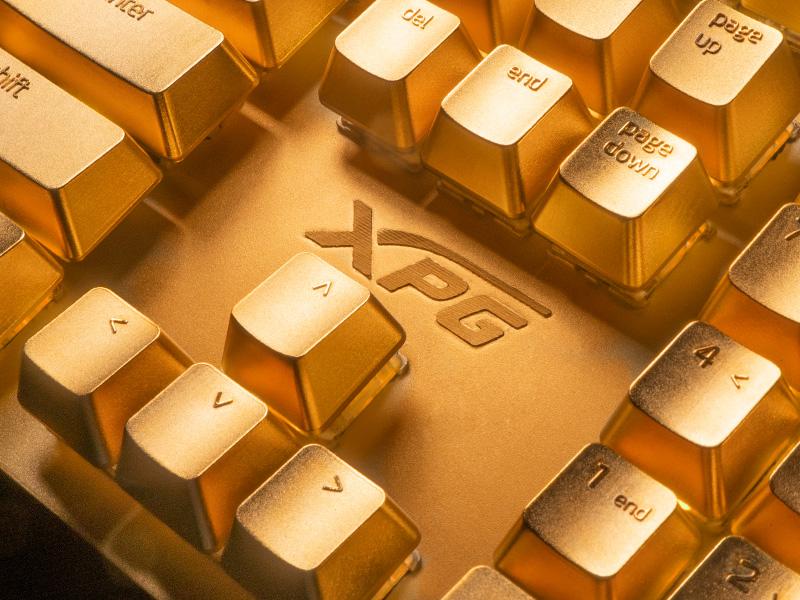XPG показа златна клавиатура на TGS 2019 в Тайланд