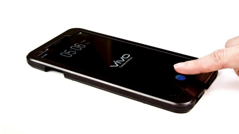 Първият смартфон със сензор за отпечатъци под дисплея излиза на пазара на 25 януари