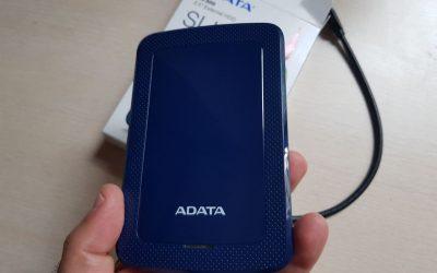 Ревю на удароустойчив и компактен външен диск Adata HV300