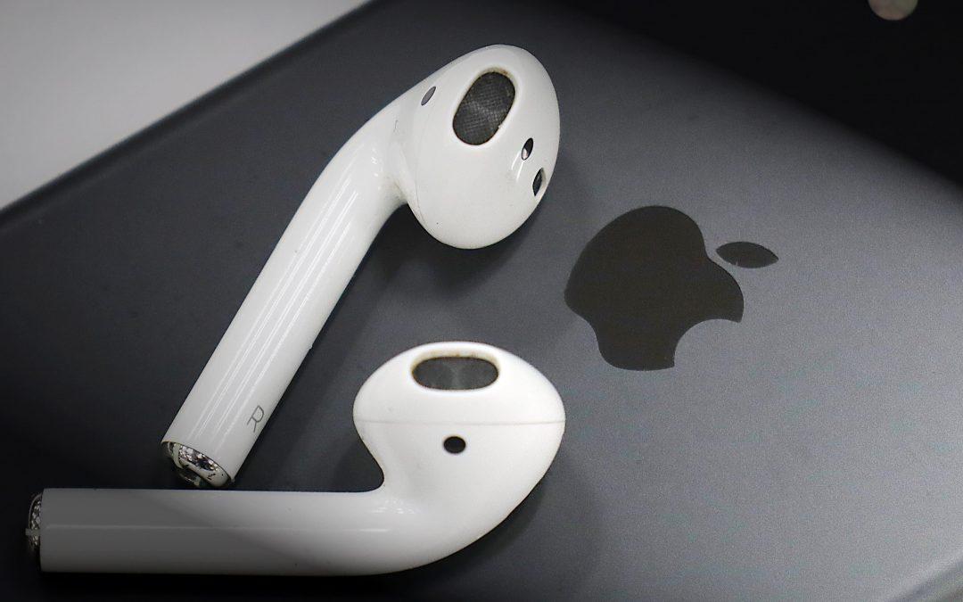 Apple доминира на пазара на безжични слушалки, но второто място ще ви изненада