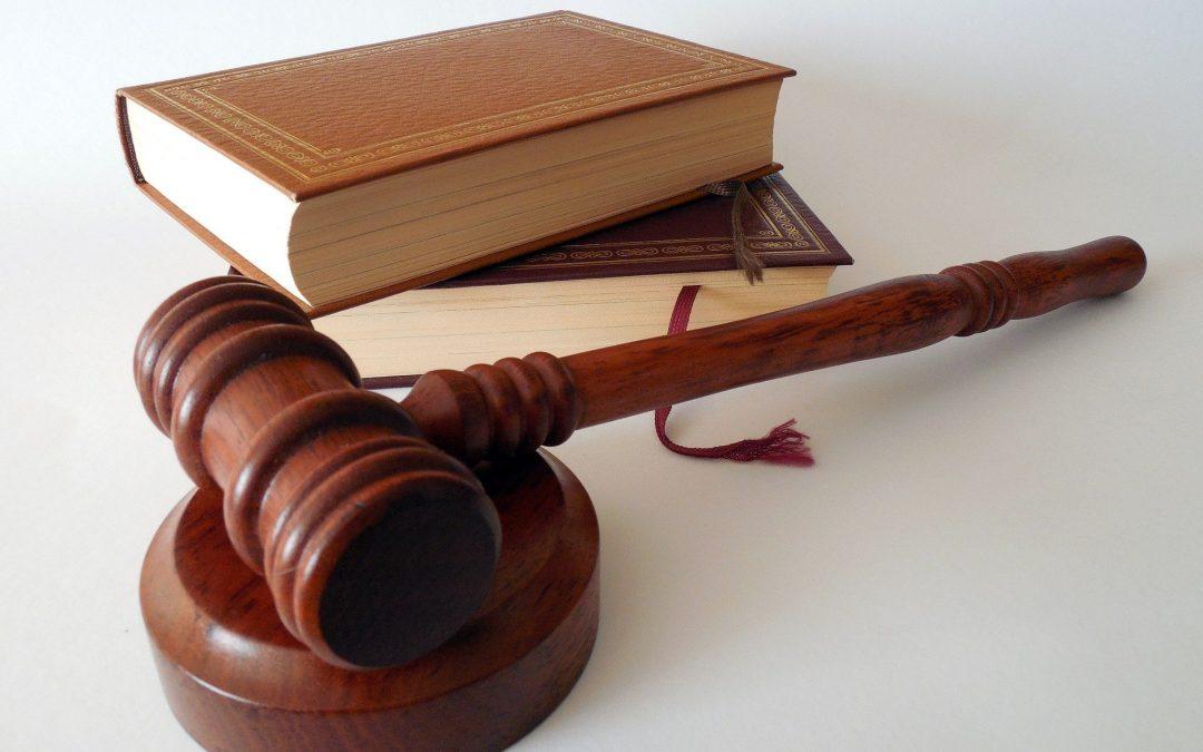 Как да намерите добър и опитен онлайн адвокат