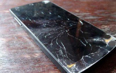 Motorola създаде екран, който се поправя сам