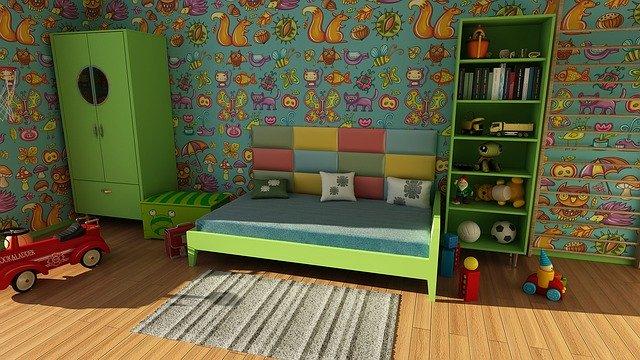 Как да украсите вратата на детската стая?
