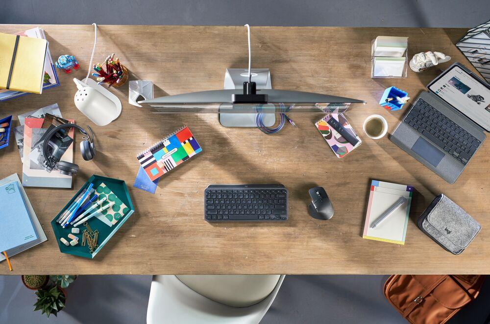 Максимизирайте творческия потенциал с Logitech MX Keys Mini